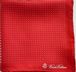 New BROOKS BROTHERS Dot Pattern 100% SILK Pocket Square Pochette Handkerchief