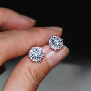 18K PLATINUM PLATED STAR STUD EARRINGS MADE WITH  SWAROVSKI CRYSTALS GIFT WG22