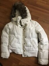 Women's White Abercrombie And Fitch Winter Jacket