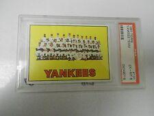 1967 Topps #131 NEW YORK YANKEES Team Card PSA 6 #08249718