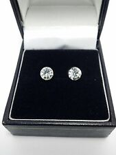 MAGNETIC NON PIERCING CLIP ON MAGNETIC STUD EARRING BOY MENS GIRL UK STOCK 2 Pc