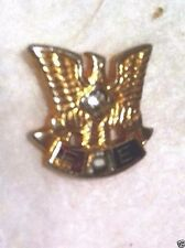 Vintage FOE Fraternal Order of Eagle Gold-Tone Pin~ Crystal Gem Stone in Center
