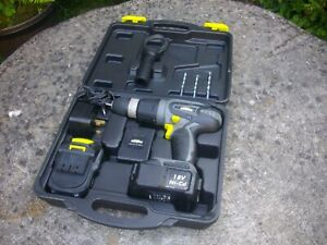 CHALLENGE EXTREME CORDLESS HAMMER DRILL - FOR PARTS OR NOT WORKING - FREE P&P