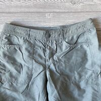 The North face Bermuda roll up gray Shorts Womens Size 6