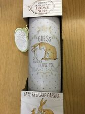 Guess How Much I Love You Baby Time Capsule Keep Sake Baby Shower cadeau