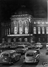 AK, Karl-Marx-Stadt, Opernhaus, Parkplatz mit zeitgen. Pkw, Nachtansicht, 1966