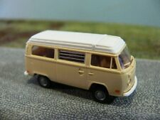 1/87 Brekina VW T2 Camper USA Version hellbeige