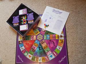TRIVIAL PURSUIT GENUS EDITION MASTER GAME + GENUS II EDITION CARD SET + BOOK
