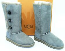 Ugg Australia (K106) Bailey Triplet Button II Boots Kids Grey Gray Classic SZ 4
