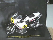 SUZUKI RGB 500 LUCCHINELLI  WORLD CHAMPION 1981 IXO 1/24