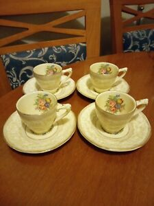 CROWN DUCAL, Vintage Set of 4 Demitasse Cups & Saucers. Made in England