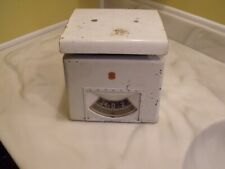 Vintage DETECTO Kitchen Scale Rare 25 Pounds Made in USA.