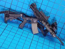 Hot Toys 1:6 John Connor Final Battle Ver. Figure - HK416 machine gun