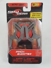 Spy Gear Secret Agent Pinch Shooter Toy NIP Spin Master 1 Shooter 3 Discs