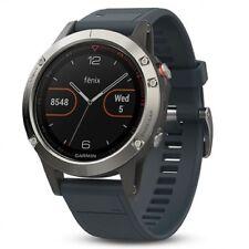 Smartwatch Garmin Fenix 5 plata con Correa gris granito