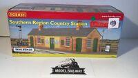 HORNBY SKALEDALE - R9642 - SOUTHERN REGION STATION BRAND NEW - BOXED MINT V.RARE