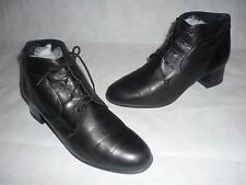 Quality Black Soft Leather Ankle Boots Vintage 1990's Size 4.5 G