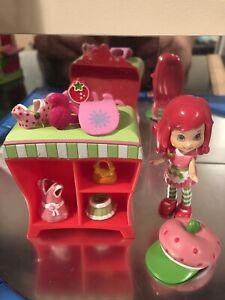 Strawberry Shortcake Doll Minis Berry Stylish Set Lot