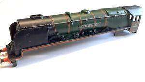 Hornby dublo 2 or 3 rail 4-6-2 QUEEN ELIZABETH 46221