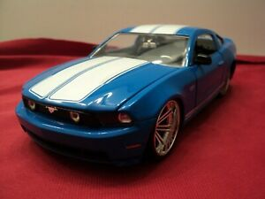 Jada  2010 Ford Mustang GT   1:24 Scale new no box 2018 release blue exterior
