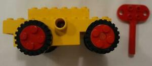 LEGO Wind-Up Motor (Non-Electric) with Key (bb0046 / bb0047)