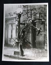 Gene Kelly Autograph Photo Singin' In the Rain, 1952   *Hollywood Posters*