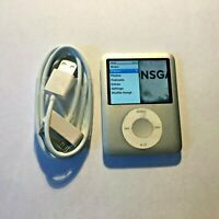 Apple iPod nano 3rd Generation Silver (4 GB) Bundle Good Condition