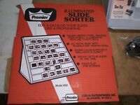 VINTAGE ORIGINAL PREMIER DORAN ILLUMINATED 42 SLIDE SORTER 450 COMPLETE IN BOX
