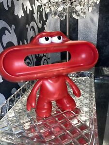 Beats by Dr. Dre Pill Dude Character Speaker Stand Holder Music Red