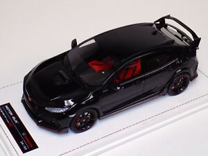 1/18 MotorHelix Honda Civic Type R LHD in Gloss  Black Leather base