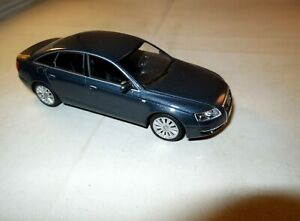 1:43 MINICHAMPS Modellauto 2004 AUDI A6 3.2 FSI QUATTRO Limousine 4tür grau 1:43