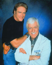 DICK VAN DYKE & BARRY VAN DYKE UNSIGNED PHOTO - 4221 - DIAGNOSIS MURDER