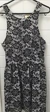 Pins & Needles Size 8 Black White Lace Casual Business Party Dress EUC Work
