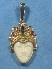 18 Kt Yellow Gold Sajen Sapphire,Ruby,Emerald Pendant