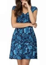 Ladies DOROTHY PERKINS Stretch Floral Dress. Size 14.  NWT $44.95