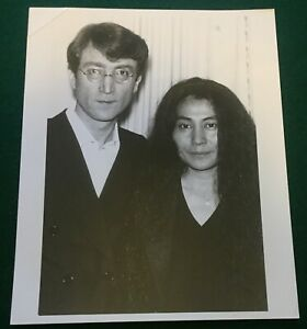 JOHN LENNON & YOKO ONO ~ Original 8x10 Promotional Publicity Press Photo