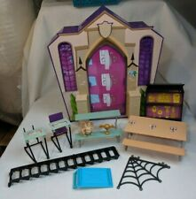 Monster High High School Playset Dollhouse Fold-up, played with/incomplete