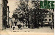 CPA  Besancon - Place Marulaz et Porte d'Arenes  (486905)