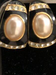 Vintage Joan Rivers Rhinestone Pearl Black And Gold Pierced Earrings