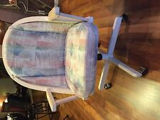 Custom Oval Dining Room Tablew/4 deluxe swivel chairs