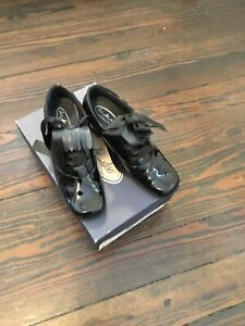 Shoe Be Doo Girl's Italian Made Black Patent Leather Shoes 2.5