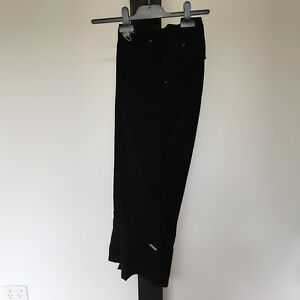 'PORTMANS' EC SIZE '10' 2 IN 1 BLACK CAPRI PANTS OR SHORTS WITH REMOVABLE CUFF