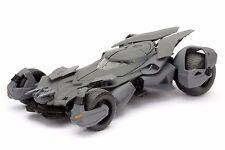 JADA 1:24 DISPLAY METALS Batman v Superman Batmobile DIECAST CAR 98265