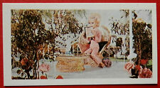 Barratt THUNDERBIRDS 2nd Series Card #18 - Lady Penelope in the Summer House