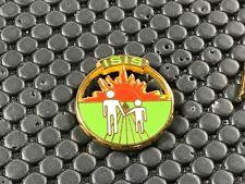 pins pin BADGE DIVERS ISIS ARTHUS BERTRAND