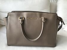 MICHAEL KORS SELMA SAFFIANO LEATHER TAN / BROWN SHOULDER  / HANDBAG / TOTE