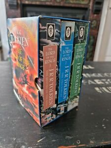 Lord of the Rings 3 Book Set With Slipcase J R R TOLKIEN LOTR - Harper Collins