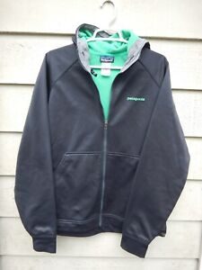 Patagonia Medium Black Hoodie Jacket Ski Snowboard Soft Shell and Fleece