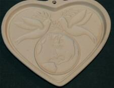 PAMPERED CHEF COOKIE MOLD: PEACE ON EARTH HEART