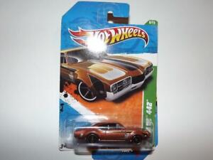 HOT WHEELS REGULAR TREASURE HUNTS 1968 OLDSMOBILE 442 DIE-CAST CAR!